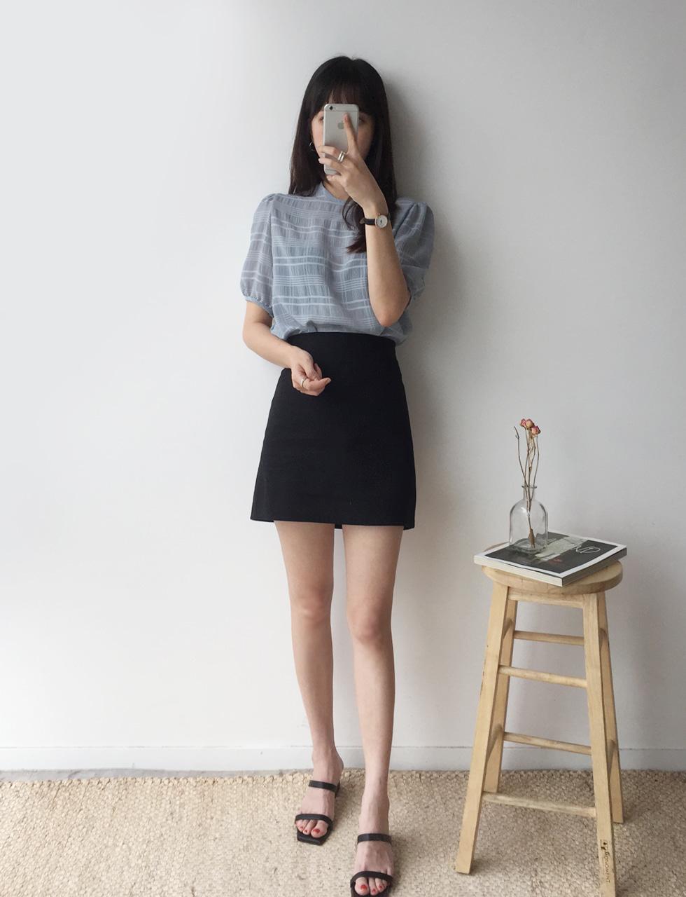 Mono check blouse