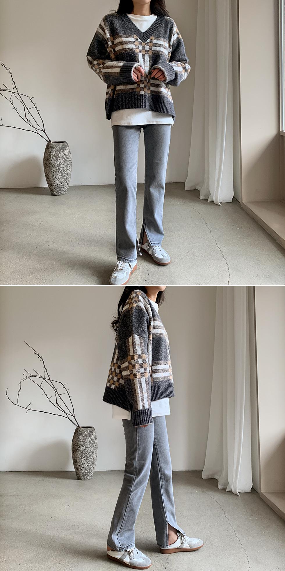 Dottom Check V-Neck Knitwear