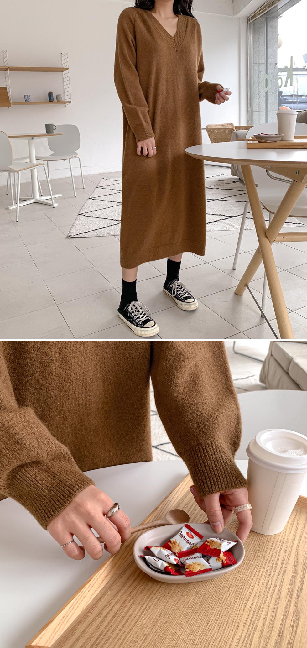 Cozy V-Neck Long Knitwear