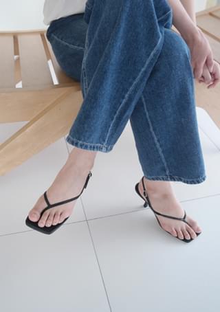 Y shape middle heels