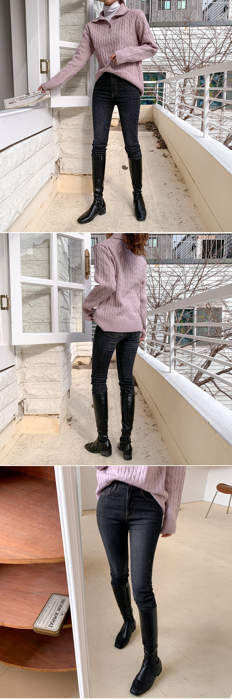 Dark bonding Fleece-lined slim denim