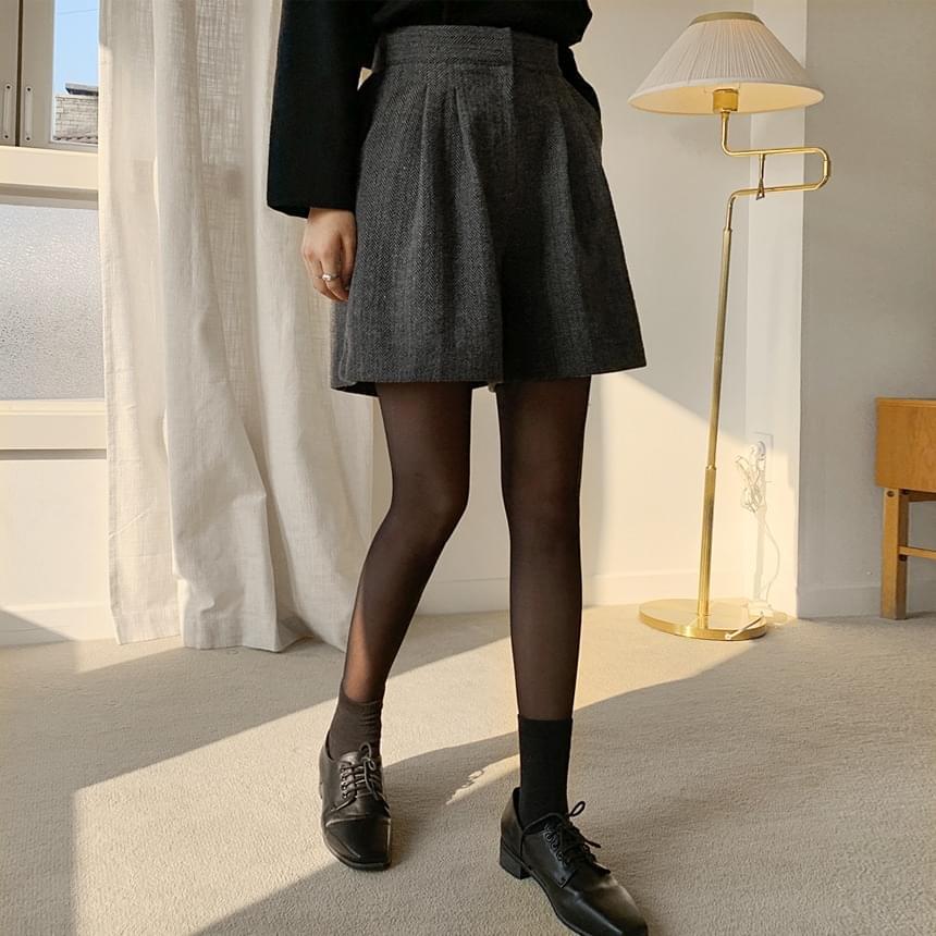Betty herringbone short pants