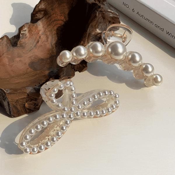 Big size pearl half moon & ribbon tongs pin 2type