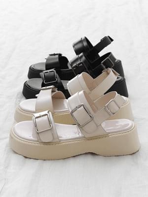 Double Buckle Enamel Strap Whole Heel Sandals 11000