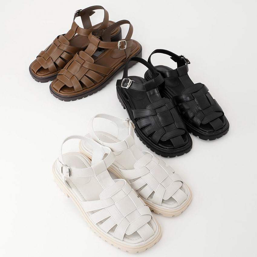 mono fisherman sandals