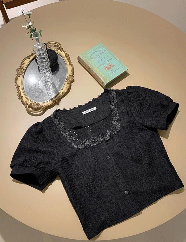 *Same day shipping* Black Rose blouse