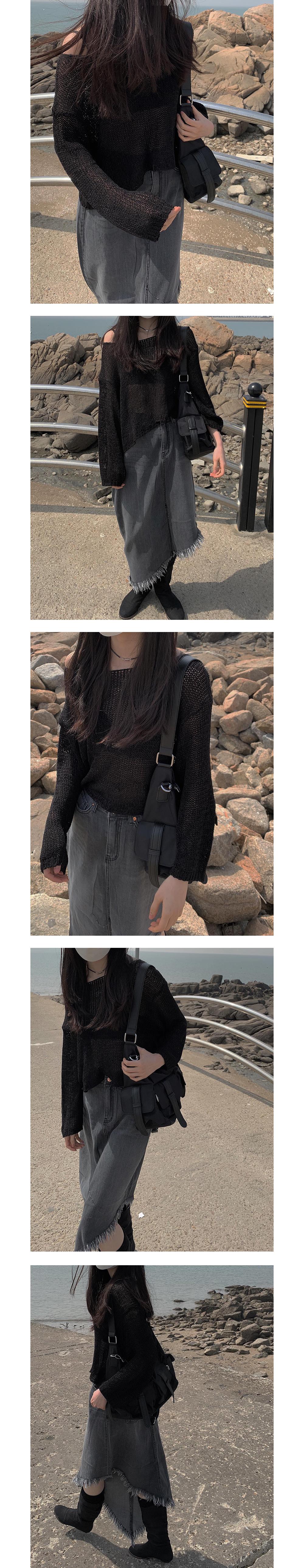 diagonal line black denim skirt