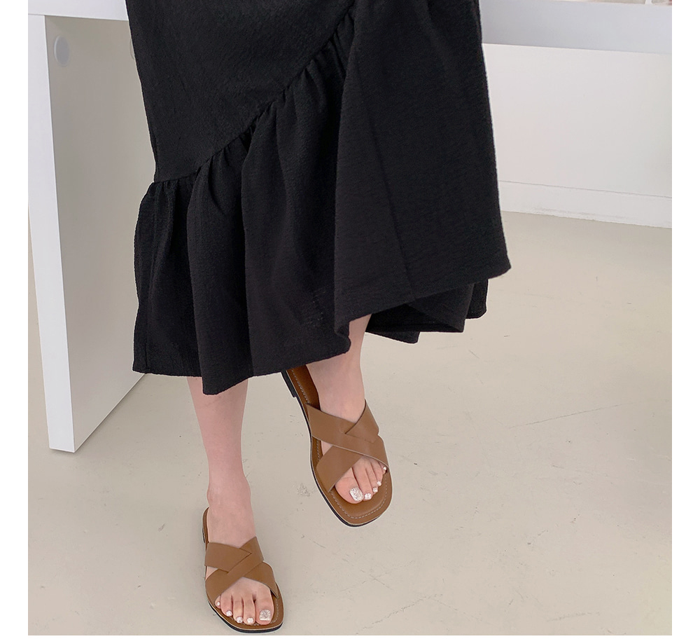 dress model image-S1L43