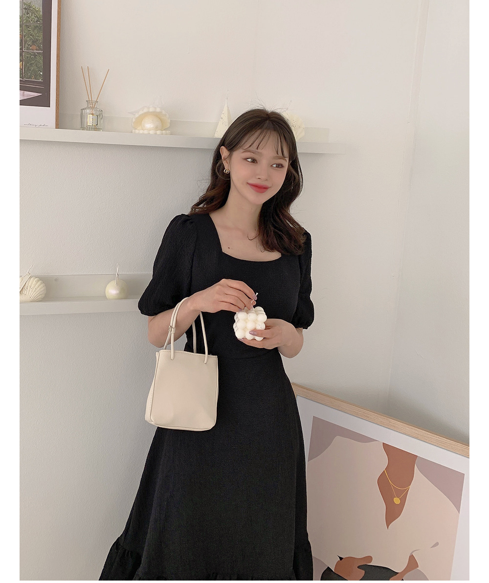 dress model image-S1L40