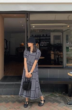 《Planned product》Reel flower dot shirring Dress