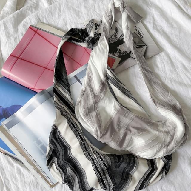 Salt Marbling Pattern Strap Bag 肩背包