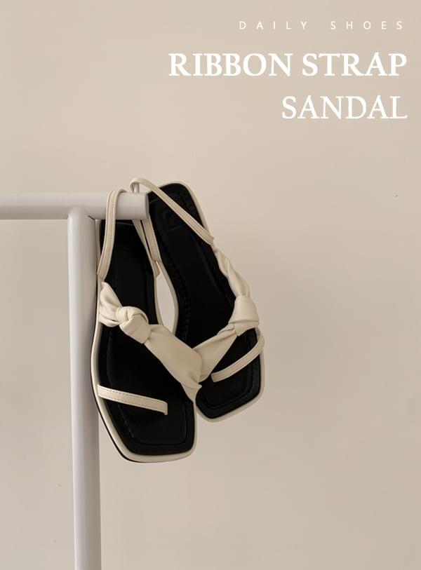 cross-bow sandals