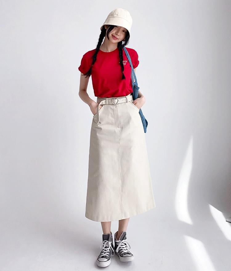 Heart Graphic T-shirt Heart Belt Long Skirt (Beige)