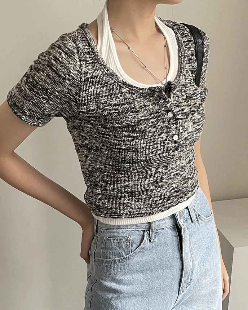 Kuti Bokashi U Neck Button Crop Short Sleeve T-shirt 短袖上衣