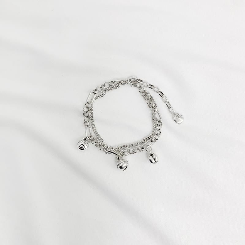 Aki bell chain bracelet