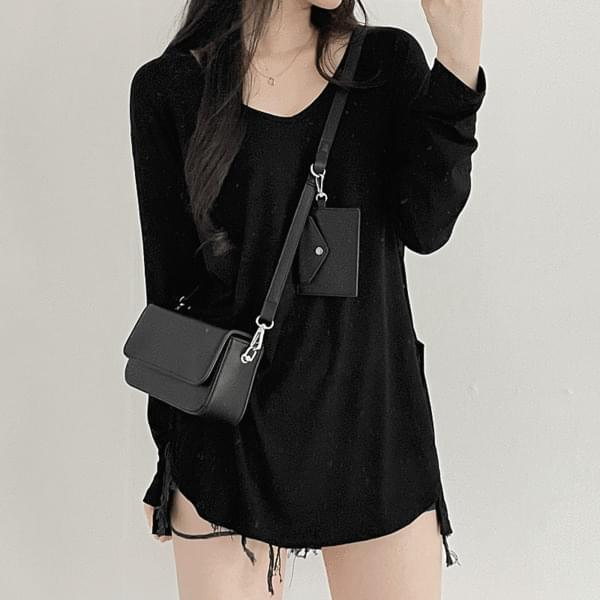 Long sleeve T with slit