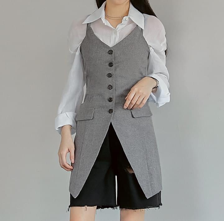 排釦修身細肩帶外搭短洋裝