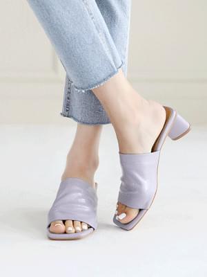 Charm Glossy Mule Slippers 5cm