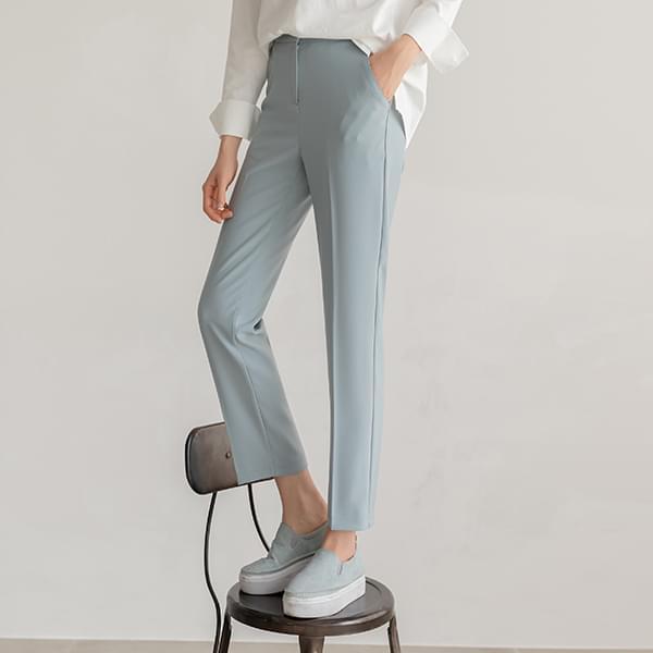 77 Good Pants/ Short, Tall Semi-Bending Spring Slacks #75650