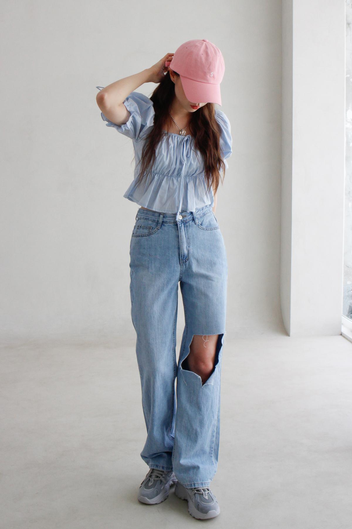 ruffle mini blouse