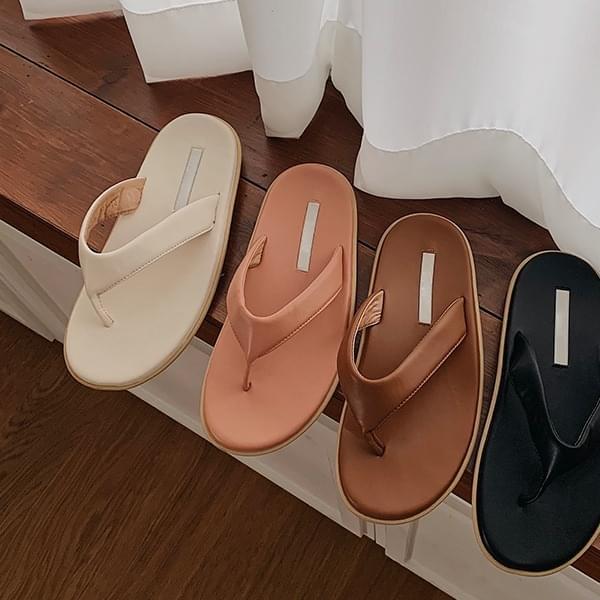 deja vu slippers