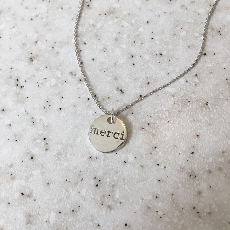 rumor necklace