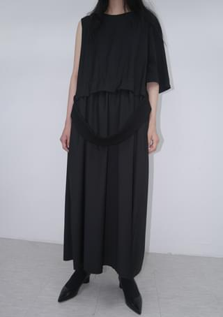 garment composed strap ops