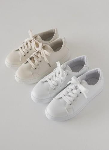 Dewing Character Embroidered Sneakers SNLTR0d148