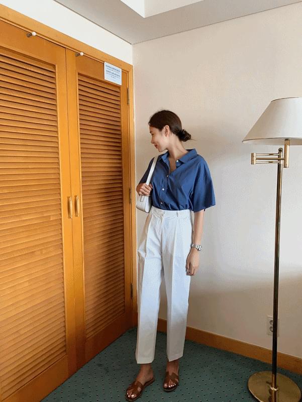 wear pintuck pants