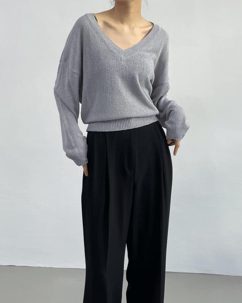 V-Neck See-Through Crop Knitwear