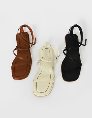 master line sandals