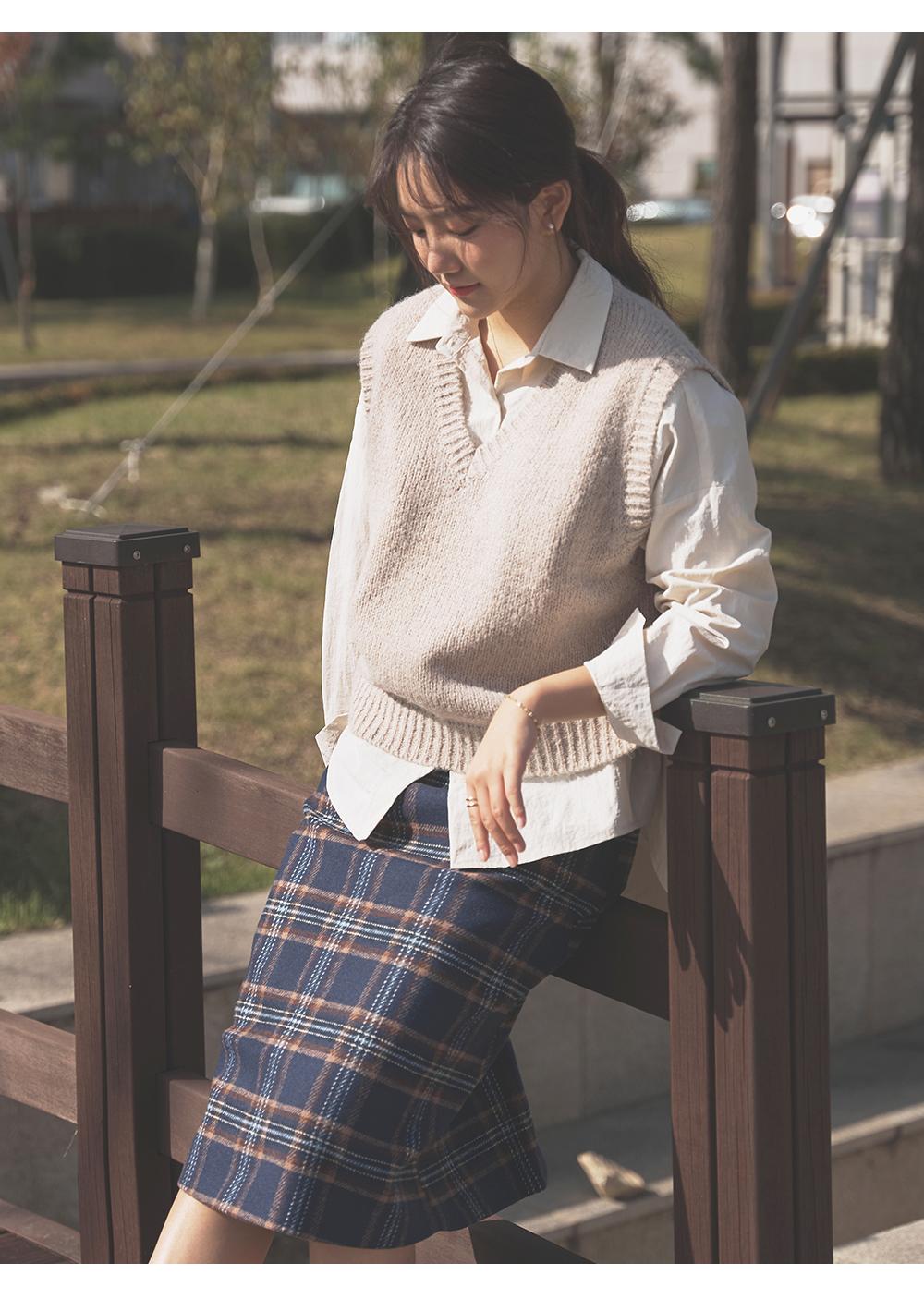 V-Neck Alpaca Knitwear Vest