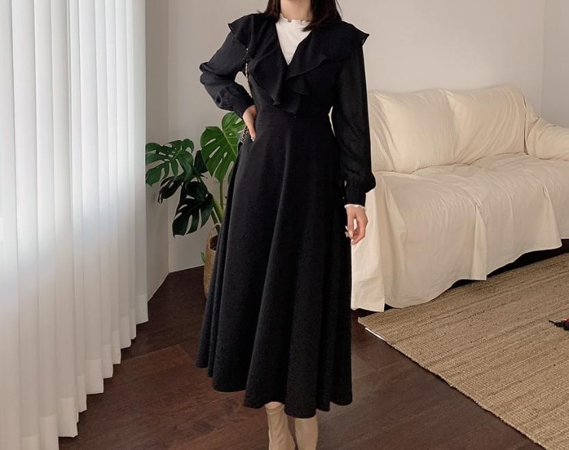 Letiosha Ribbon Shirring Long Dress