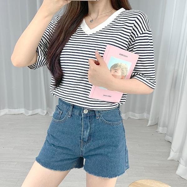Striped V-Neck Short Sleeve Tee