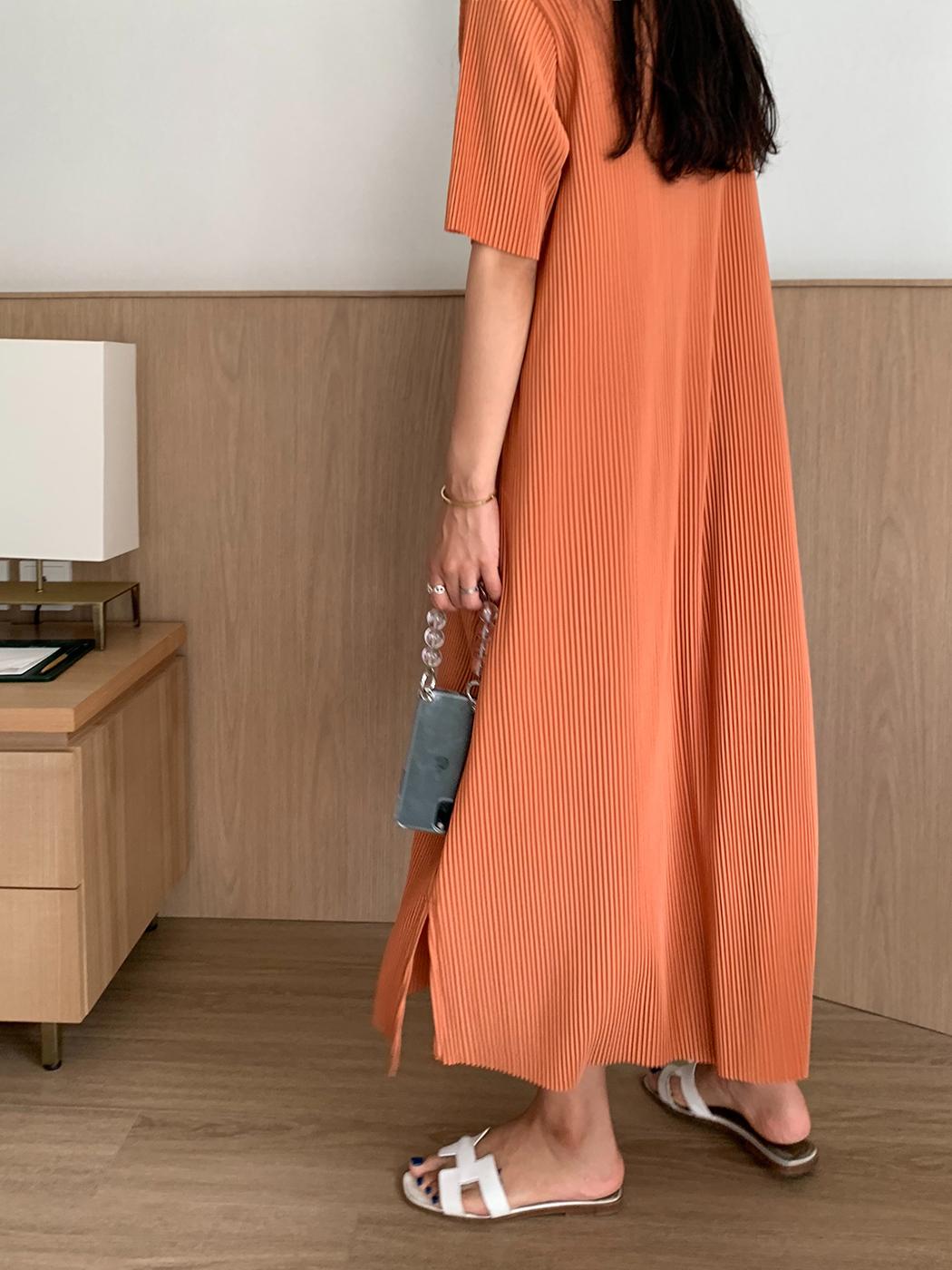 Er Orange pleated Dress