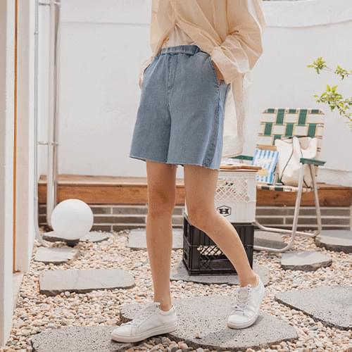 Juli Banding Denim Shorts