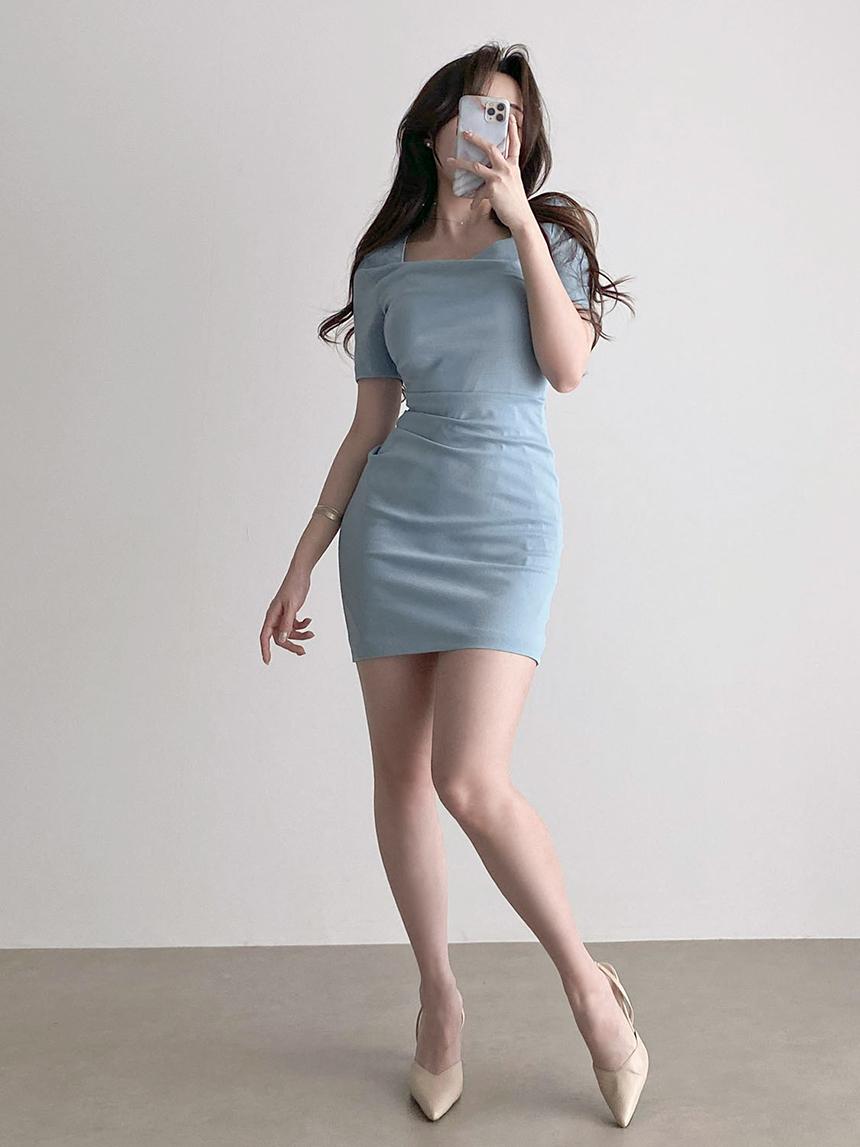 Slim fit pintuck Spandex shirring short sleeve square neck Dress 3color