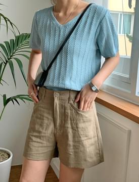 Wave Punching V-Neck Short Sleeve Knitwear