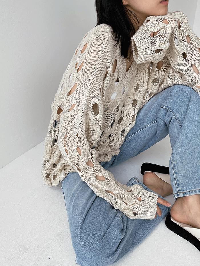 Lazy V-Neck Knitwear