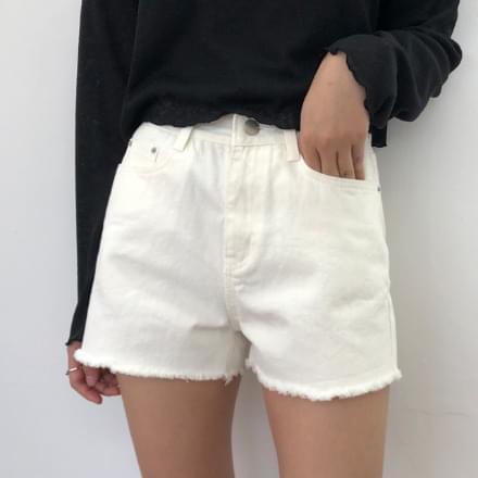 powder short pants