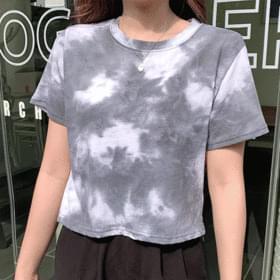tie-dye cropped short sleeve tee