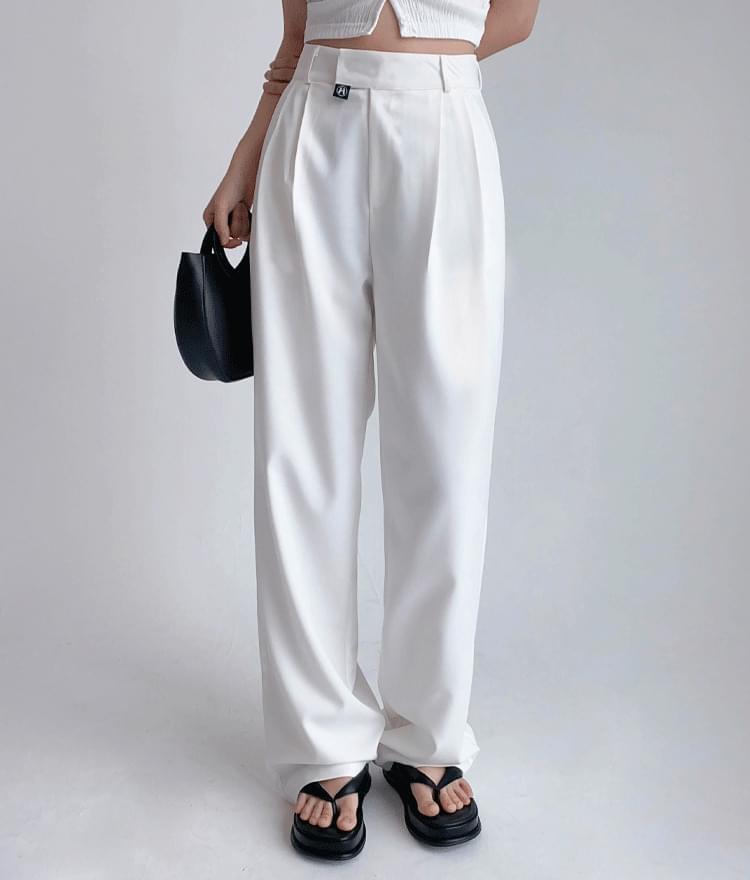 Hide Tube Top Cardigan Hide Pintuck Pants (White)