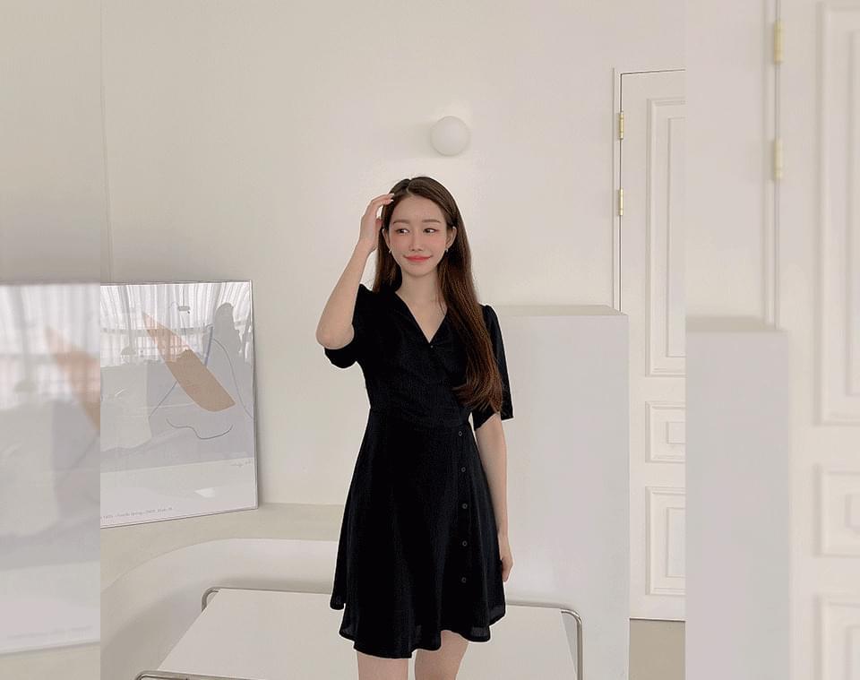 Brailer V-Neck wrap style Dress