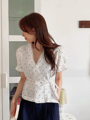 honey dot trap blouse