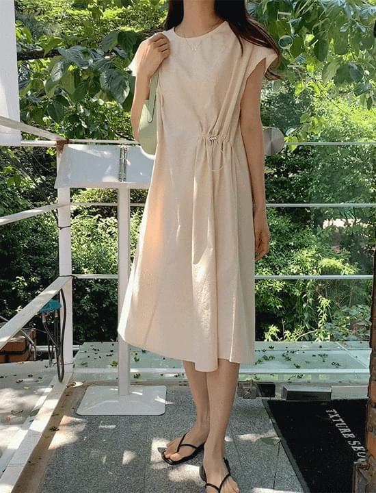 unbalance string Dress