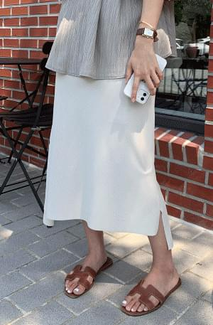 Cool tension H-line slit skirt