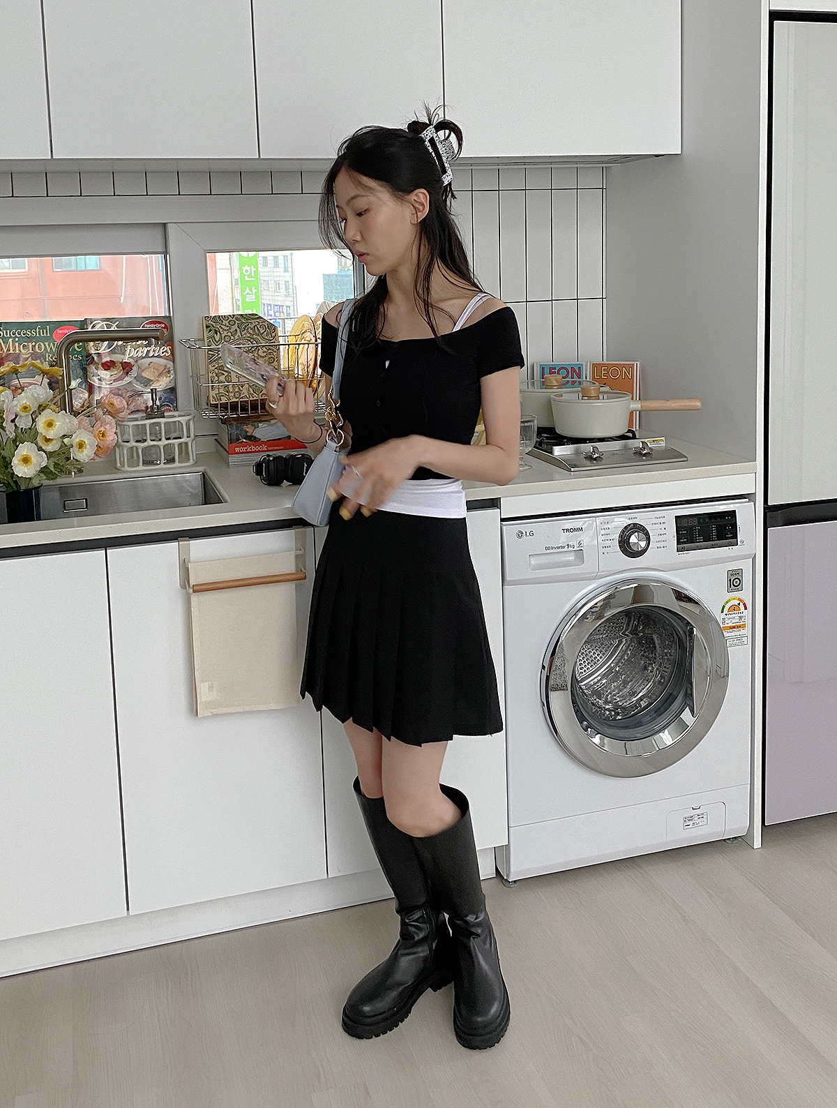 드레스 모델 착용 이미지-S1L1