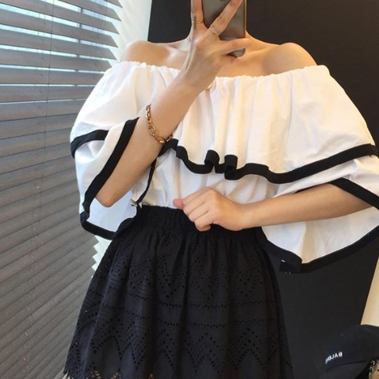 color matching line ruffle off shoulder blouse
