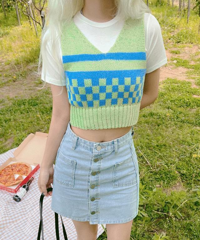 Vet Crop Knitwear Vest