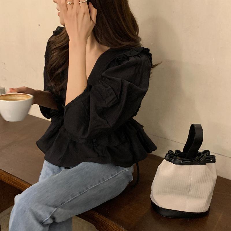 블라우스 모델 착용 이미지-S1L32